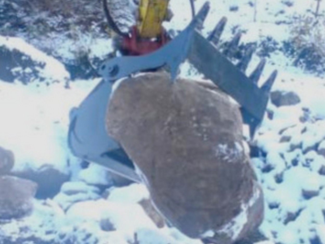 Hinged Grip Bucket for Hydraulic Excavators