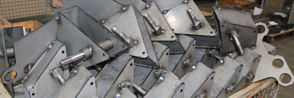 Stahlbau Achsträgerr