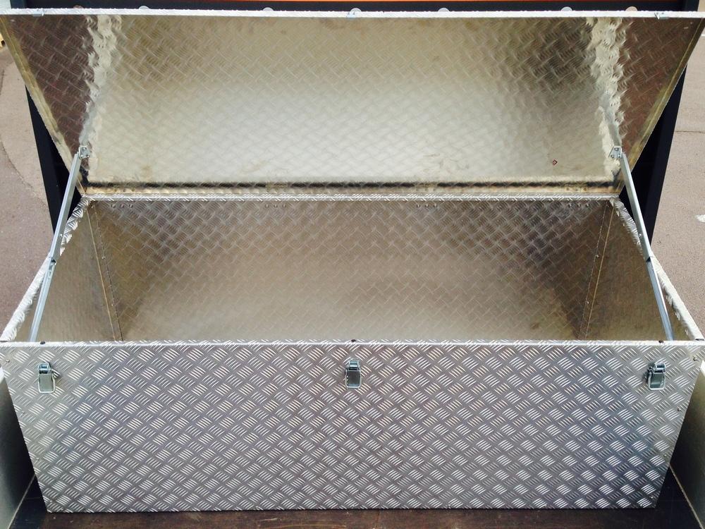 Werkzeugbox Aluminium Transporterpritsche