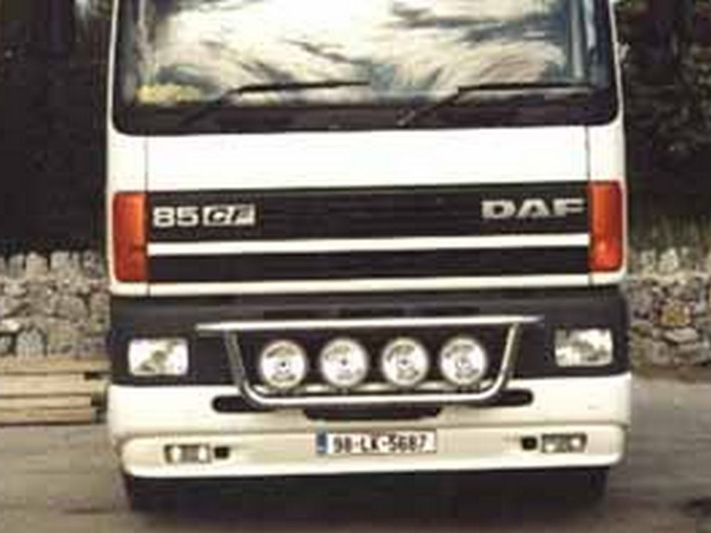 DAF CF Frontlampenbuegel