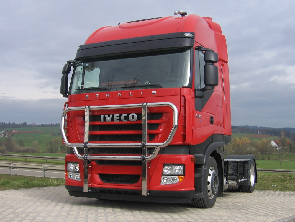 Iveco Stralis Cube Bullfaenger Iveco Stralis AS³ Active