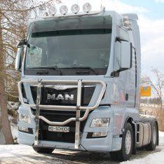 Bullfaenger-Rammschutzbuegel-Kuhfaenger-MAN-TGX-Euro 6