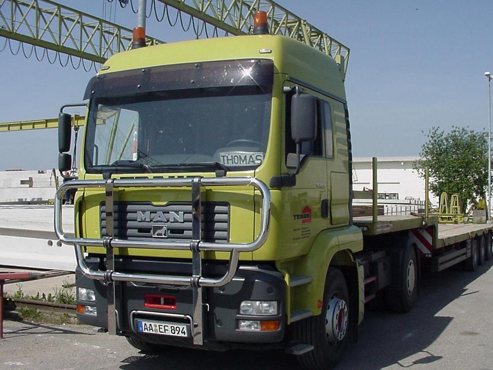 MAN-TGA-M Stahlstosstange-Bullfaenger-Rammschutzbuegel-Kuhfaenger-