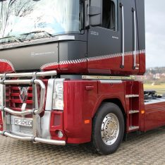 Edelstahlapplikation Renault Magnum Truckstyling