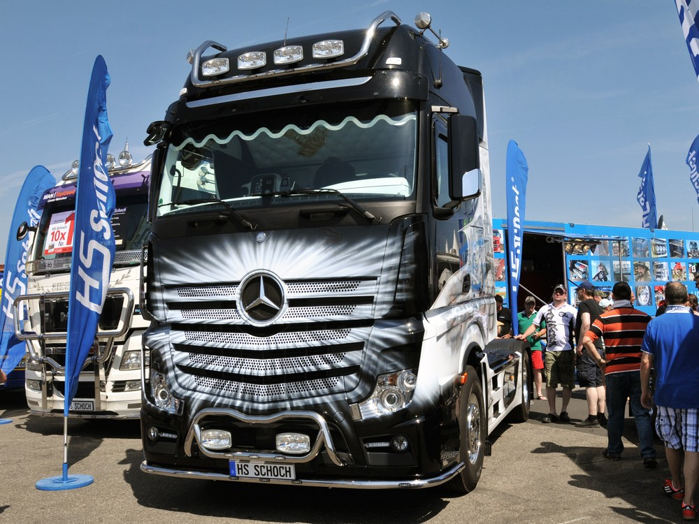 bumpbar frontbar mercedes benz actros 2011 mp4 hs schoch. Black Bedroom Furniture Sets. Home Design Ideas