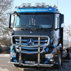 Mercedes-Benz-Antos-Arocs-Bullfänger-Rammschutzbügel