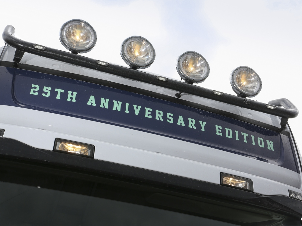 Scania, Dachlampenbügel, Scheinwerferbügel, Lampenbügel, Top-Bügel ...