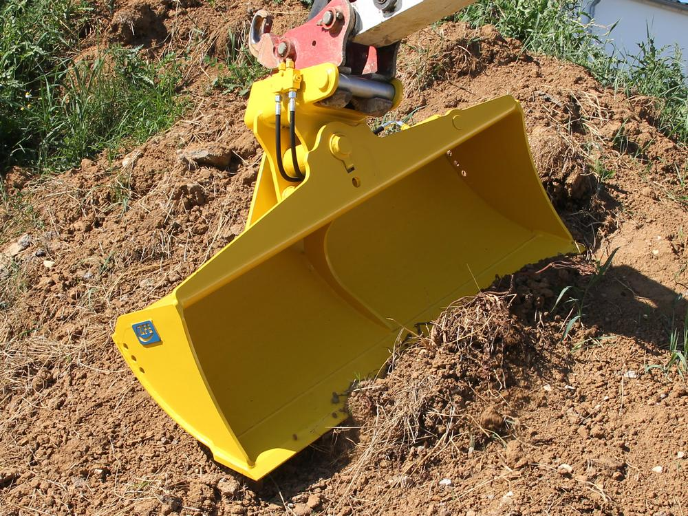 Rigid Trench Clearing Bucket